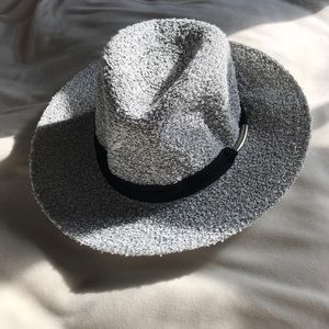 Anthropologie black and white tweed hat